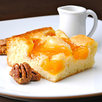 _Aug17_ADOBE_Recipe-EasyPeachCake.jpg